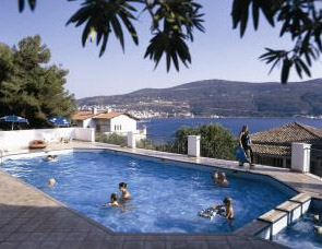 Anthemis Apartments